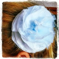 Brooch/hair rosette made from recycled plastic bag and tulle. Rosettes, Recycling, Tulle, Brooch, Plastic, Crafts, Bags, Fashion, Handbags