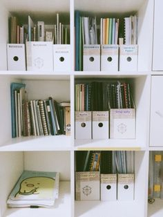 study room decor 13 Must-Have School Supplies Youll Need This Semester Study Areas, Study Space, Study Organization, Bedroom Organization, University Organization, High School Organization, Organizing School Supplies, Desk Organisation Student, Computer Desk Organization