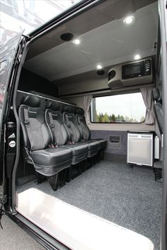 Sprinter Van Conversion, Camper Van Conversion Diy, New Vw Van, Sprinter Camper, Benz Sprinter, Van Conversion For Family, Sportsmobile Van, Enclosed Trailer Camper, Caddy Van
