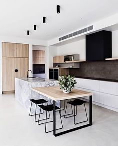 Cuisine style contemporain - Expolore the best and the special ideas about Modern kitchen design Kitchen Island Bench, Kitchen Benches, New Kitchen Cabinets, Timber Kitchen, Kitchen Dining, White Cabinets, Kitchen Island With Table Attached, Plywood Kitchen, Copper Kitchen
