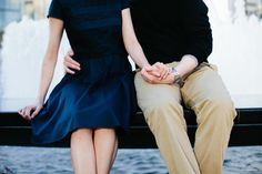 Preppy Attire for Engagement Photos | photography by http://www.sasithonphotography.com