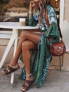 Justfashionnow Sommerkleid Tageskleider V-Ausschnitt Glockenärmel Vintage Kleider - Boho-Stil Looks Hippie, Look Hippie Chic, Look Boho, Bohemian Style, Gypsy Style, Hippie Chic Outfits, Hippie Chic Fashion, Boho Beach Style, Boho Chic Outfits Summer