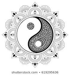 Circular pattern in form of mandala for Henna, Mehndi, tattoo, decoration. Decorative ornament in oriental style with Yin-yang hand drawn symbol. Coloring book page. Arte Yin Yang, Yin Yang Art, Dream Catcher Mandala, Dream Catcher Craft, Henna Mehndi, Mehndi Tattoo, Mandala Drawing, Mandala Art, Coloring Books