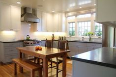 Two-tone kitchen cabinets can work with a variety . Here are a few ideas to integrate two-tone cabinets into your own kitchen. Kitchen Cabinets Materials, Two Tone Kitchen Cabinets, Custom Kitchen Cabinets, Upper Cabinets, Design Your Kitchen, Best Kitchen Designs, Kitchen Cabinet Design, Kitchen Interior, Glass Cabinet Doors