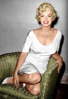 Marilyn Add A Traveller's Table on Facebook: www.facebook.com/travellerstable