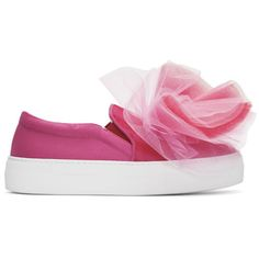 Joshua Sanders Pink Tulle Slip-On Sneakers (2.946.335 VND) ❤ liked on Polyvore featuring shoes, sneakers, pull on sneakers, slip-on sneakers, slip on shoes, rubber sole sneakers and round toe sneakers