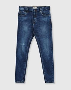Carrot fit jeans - Jeans - Clothing - Man - PULL&BEAR United Kingdom Denim Jeans Men, Jeans Fit, Jeans Style, Denim Art, Jeans Fabric, Men Fashion, Fashion Design, Jean Outfits, Shorts