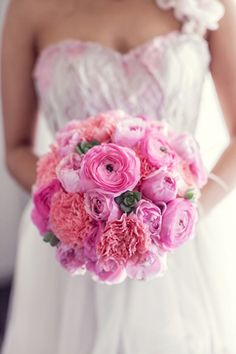 pinks + baby succulents ~ Photographer: Pictures & Hearts