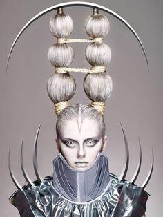 ideas fashion show makeup avant garde hair for 2019 Fashion Show Makeup, Fashion Art, Runway Fashion, Trendy Fashion, High Fashion, Fashion Ideas, Crazy Hair, Big Hair, Crazy Crazy