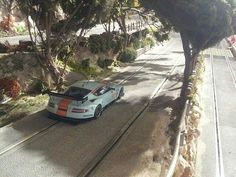 Ho Slot Cars, Slot Car Racing, Slot Car Tracks, Train Tracks, Rc Hobbies, Model Train Layouts, Rc Model, Rc Cars, Model Trains