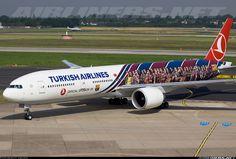 Turkish Airlines Boeing 777-3F2/ER | Barça livery