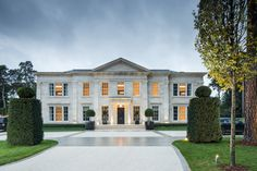 Explore our Lake House, Wentworth Estate project to understand why Ascot Design is a Berkshire based architect with a global reputation for high quality work. Front House Landscaping, African House, Mansion Designs, Residential Architect, Ranch Style Homes, Mansions Homes, Facade Architecture, Traditional House, Modern Traditional