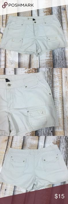 Authentic Jeanswear Hipster Shorts Size 15 Authentic Jeanswear Hipster Size 15 Tan shorts. Six pockets.  Wide belt loops.   100% Cotton Very tiny hole front pocket, otherwise very nice condition. Measurements waist 19 rise 9  228a0 Authentic Jeanswear Shorts Cargos