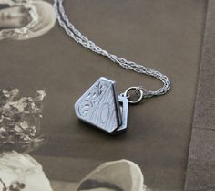 Vintage 14k White Gold Baby Locket Necklace by TheEdenCollective #ecochic #vintagegoldjewelry
