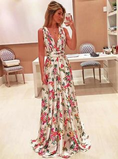 Prom Dress Princess, prom prom dresses,evening dresses,prom dresses for women Shop ball gown prom dresses and gowns and become a princess on prom night. prom ball gowns in every size, from juniors to plus size. Prom Dresses 2018, Evening Dresses, Summer Dresses, Dress Prom, Bridesmaid Dress, Pretty Dresses, Beautiful Dresses, Mode Style, Dress To Impress