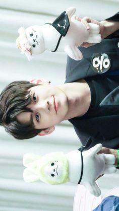 Ong SeongWu So beautiful, beautiful Kpop, Jaehwan Wanna One, Ong Seung Woo, Cho Chang, Guan Lin, Lee Daehwi, Kim Jaehwan, Ha Sungwoon, Cha Eun Woo