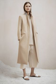 The row pre-fall - collection - coats and jackets длинные пальто, пальто, с Fashion Week, Look Fashion, Fashion Show, Autumn Fashion, Fashion Design, Fashion 2015, Net Fashion, Milan Fashion, Fashion Bloggers