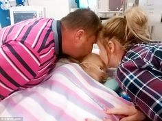 Bella's Parents Gave Her a Kiss Goodbye and Turned Off Her Life Support, Then She Came Back to Life http://www.lifenews.com/2015/12/24/bellas-parents-gave-her-a-kiss-goodbye-and-turned-off-her-life-support-then-she-came-back-to-life/