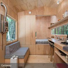 Dank schlichtem, funktionellen Design wirkt das Tiny House trotz 15 m² Grundfläche nicht beengend.