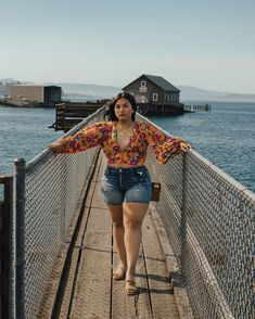 Catch y'all later, Gone Fishing 🎣 // (swipe for some ) // Stay tuned on my stories for todays Oregon Adventures 🌊📷… Curvy Fashion Summer, Fat Girl Fashion, Chubby Fashion, Fashion Line, Fashion Outfits, Curvy Girl Outfits, Girls Summer Outfits, Spring Outfits, Plus Size Outfits