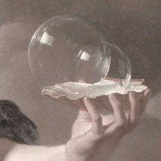 renaissance art my new diet via Pale Aesthetic, Angel Aesthetic, Aesthetic Themes, Aesthetic Vintage, Aesthetic Pictures, Aesthetic Beauty, Renaissance Kunst, Renaissance Paintings, Pastel Red