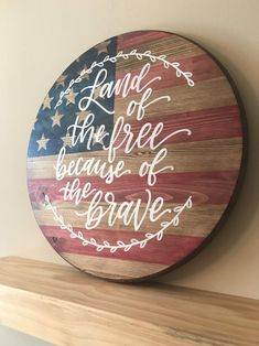 Stained American Flag Last Name Wood Round Patriotic Crafts, Patriotic Decorations, July Crafts, Patriotic Party, Americana Crafts, Primitive Crafts, Birthday Decorations, American Flag Wood, American Flag Crafts