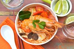 This is my quick version of Tom Yum Soup Noodles With Coconut Milk. This recipe uses ready-made Tom Yum and roasted chili paste. Tom Yum Kung, Lemongrass Soup, Tom Yum Soup, Asian Recipes, Ethnic Recipes, Asian Foods, Food Articles, Yams, Fish And Seafood