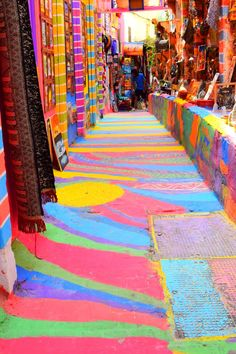 Fez Fes Medina Morocco_Travel Guide_What to do and see_rainbow colors