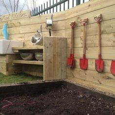Essential part of every mud kitchen - MUD! Outdoor Learning Spaces, Play Spaces, Reggio, Preschool Garden, Mud Kitchen, Play Yard, Outdoor Play, Outdoor Ideas, Outdoor Classroom