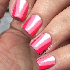 Pink and white geometric triangles