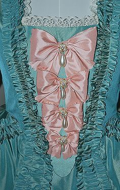 Starlight Masquerade Madame Pompadour Robe a la Francaise 18th Century Dress, 18th Century Costume, 18th Century Clothing, 18th Century Fashion, 19th Century, Vintage Gowns, Mode Vintage, Vintage Outfits, Rococo Fashion