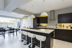4 bedroom terraced house for sale in Trinity Road, Wandsworth Common, London SW18 - 31998557