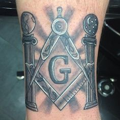 Masonic tattoos can cause some controversy seeing how not all Brothers agree with the practice. Here are my thoughts + 90 different masonic tattoo designs. Freemason Tattoo, Masonic Tattoos, Freemason Symbol, Symbols Tattoos, G Tattoo, Sword Tattoo, Sleeve Tattoos, Tattoo Drawings, Masonic Art