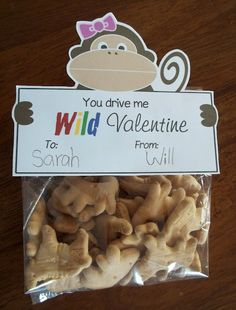 There's a printable for boys and girls--fill with animal crackers and those little banana candies