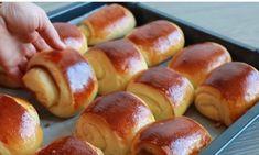 Tvarohové a orechové mini záviny ako dych: Ľahučké cesto s bielym jogurtom, ostane mäkučké celé dni! Hot Dog Buns, Hot Dogs, Pretzel Bites, Ham, Bread, Pasta, Food, Brioche, Hams