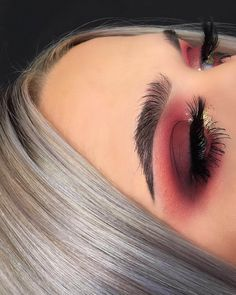 Berry toned smokey eyes makeup look by jahdefinitelyfeel Check out more than 50 bold makeup looks that you can try: Smokey eye, glossy lips, cat eyes & much more! Read the article now! Glam Makeup, Cute Makeup, Gorgeous Makeup, Skin Makeup, Makeup Inspo, Makeup Inspiration, Makeup Goals, Awesome Makeup, Makeup Ideas