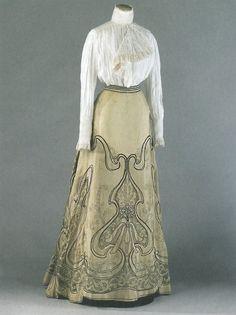 ephemeral-elegance: Art Nouveau Embroidered Skirt, ca. 1900-05 Attributed to Callot Soeurs via Palais Galliera