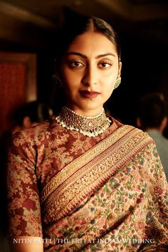 A beautiful old-school traditional choker by Sabyasachi & Kishandas & Co jewellers, heritage jewellers from Hyderabad. Also the kashmiri sari by Sabyasachi is a class apart.