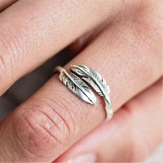 Silver Navajo Carved Feather Ring | Bohemian Gypsy Festival Jewellery | Indie and Harper