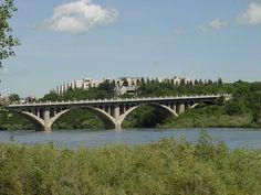 University Bridge, South Saskatchewan River, Saskatoon, Saskatchewan, Canada
