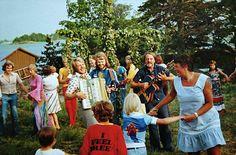 ABBA celebrate Midsommar !