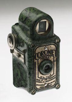 Fernandes, Iris -- Coronet Midget, 1936. -- High quality art prints, canvases, postcards, mugs -- SSPL Prints