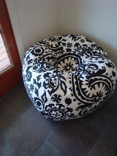 Items similar to Bold Black and White Suzani print bean bag chair Cover and Liner without filling on Etsy Discount Furniture, Online Furniture, White Bedroom Chair, White Damask, Furniture Plans, Kitchen Furniture, Classic Furniture, Accent Pieces, Bean Bag Chair
