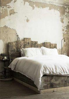 Schlafzimmer mit morbidem Touch