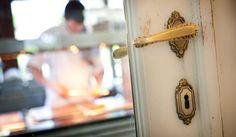90plus.com - The World's Best Restaurants: Hertog Jan - Brugge - Belgium Belgium, Door Handles, Restaurants, World, Home Decor, Door Knobs, Decoration Home, Room Decor, Restaurant