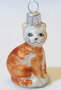 KOTEK   - BOMBKI szkło BOMBKA Cat Christmas Ornaments, Christmas Cats, Cat Tree, Holiday Decor, Glass, Home Decor, Decoration Home, Drinkware, Room Decor