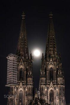 full moon by Frank Heinen on 500px