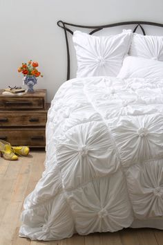 Rosette Quilt, White - Anthropologie.com $288