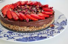 Healthy Birthday Cakes, Raw Vegan, Cheesecake, Food And Drink, Desserts, 7th Birthday, Facebook, Instagram, Fitness