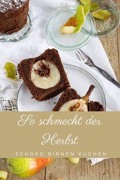 Saftiger Schoko Birnenkuchen im Glas. Schaut euch unbedingt das Rezept für diesen leckeren Kuchen an. Er ist ideal, wenn ihr mal schnell einen Kuchen braucht. Küchentraum Community, Board, Cake Servings, Chocolate, Pies, Bakken, Planks